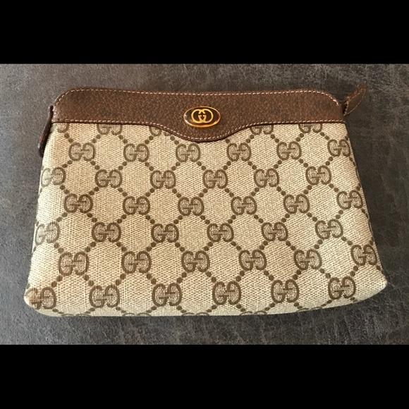 Gucci Handbags - Vintage Gucci Signature Accessory Bag